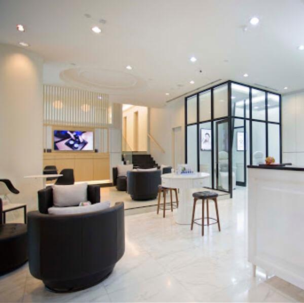 Erabelle Vivocity's Store Interior & Resting Area